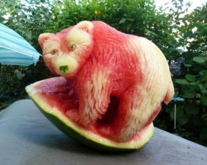 amazing-watermelon-carvings-12-300x239