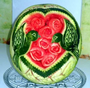 amazing-watermelon-carvings-16-300x295
