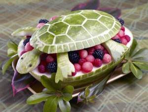 amazing-watermelon-carvings-37-300x228